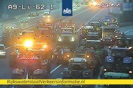 A1, A9 en A27 slibben dicht door tractoren op de weg