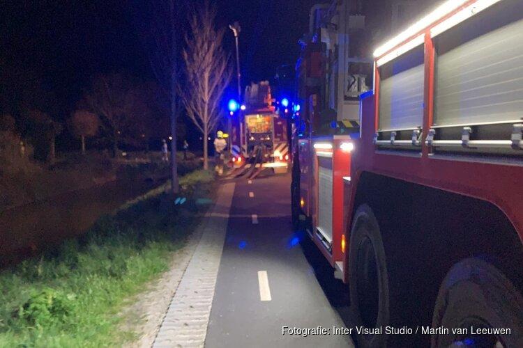Schapen uit schuur gered bij grote uitslaande brand in Hoogwoud